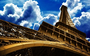 Eiffel Tower Paris (good-wallpapers.com)klein